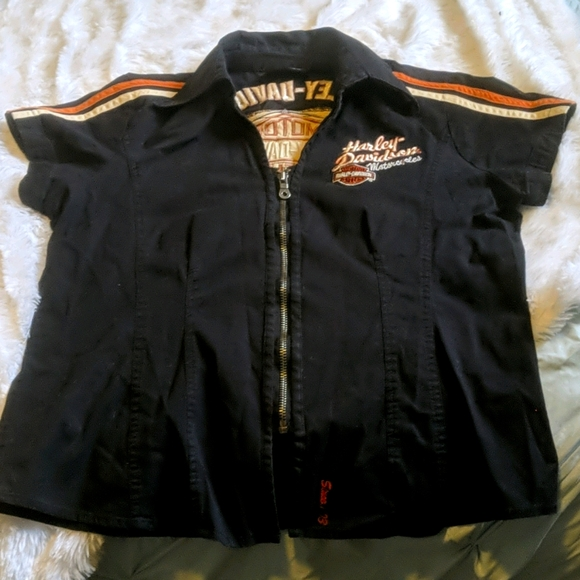Harley Davidson shirt with Embroidered emblems